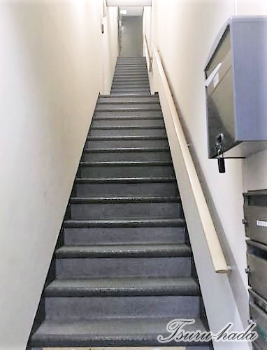 エピジェンヌ 移動は階段で
